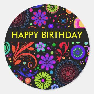 Pegatinas del feliz cumpleaños etiquetas redondas
