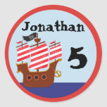 Pegatinas del fiesta del pirata etiquetas redondas
