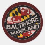 Pegatinas del grunge de la bandera de Baltimore Pegatina Redonda