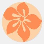 """Pegatinas del """"hibisco feliz"""" en papaya pegatinas redondas"""