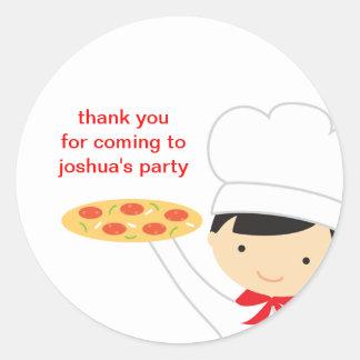 Pegatinas del muchacho del fiesta de la pizza pegatinas redondas