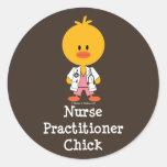 Pegatinas del polluelo del médico de la enfermera etiquetas redondas