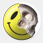 Pegatinas del smiley del cráneo