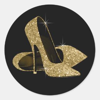 Pegatinas del zapato del tacón alto del negro y de etiquetas redondas