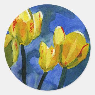 Pegatinas florales de los tulipanes amarillos pegatina redonda