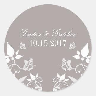 Pegatinas florales del boda de la mariposa de etiquetas redondas