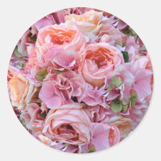 Pegatinas florales rosados del boda pegatina redonda