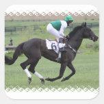Pegatinas galopantes del caballo de raza pegatina cuadradas personalizada