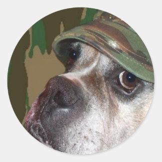 Pegatinas militares del perro del boxeador pegatina redonda