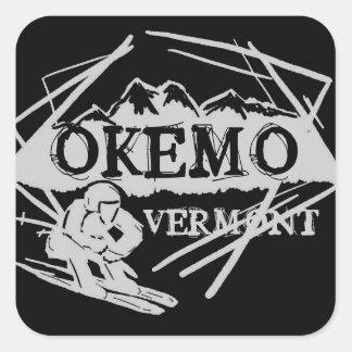 Pegatinas oscuros del esquí de la montaña de Okemo Pegatina Cuadrada