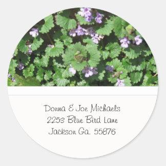 Pegatinas púrpuras de la dirección del Wildflower Pegatina Redonda