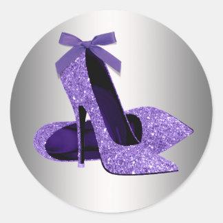 Pegatinas púrpuras del zapato del tacón alto etiqueta redonda