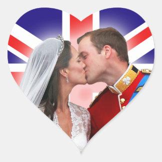 Pegatinas reales del beso del boda de Guillermo y Pegatina En Forma De Corazón