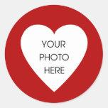 Pegatinas rojos de la frontera del corazón etiqueta redonda