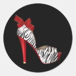 Pegatinas rojos elegantes del zapato del tacón pegatinas redondas