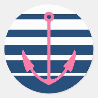 Pegatinas rosados del ancla con las rayas azules y pegatina redonda