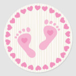 Pegatinas rosados del sobre de los pies de la niña etiquetas redondas