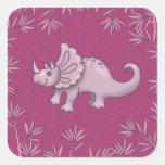 Pegatinas rosados lindos del Triceratops Calcomanías Cuadradass Personalizadas