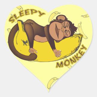 Pegatinas soñolientos del mono pegatina en forma de corazón