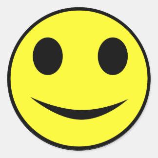 Pegatinas sonrientes amarillos clásicos de la cara pegatina redonda