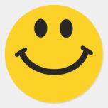 Pegatinas sonrientes felices amarillos de la cara