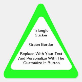Pegatinas triangulares con la frontera verde en pegatina triangular