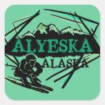Pegatinas verdes del logotipo del esquí de Alyeska Pegatina Cuadrada