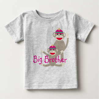 Pegue la camiseta infantil mayor de hermano del