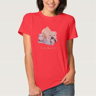 Pei shar del perrito lindo con arte de los osos de camisas