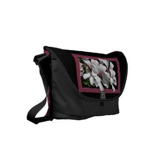 Pelargonium Small Messenger Bag