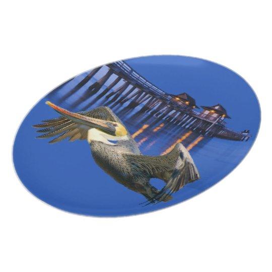 "Pelican Pier Plate 10"""