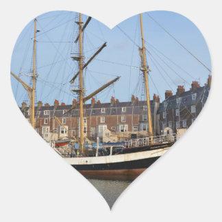 Pelícano de Londres Pegatina En Forma De Corazón