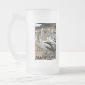 Pelícanos australianos en la isla de Phillip Taza Cristal Mate