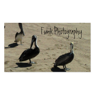 Pelícanos en la playa tarjeta de visita