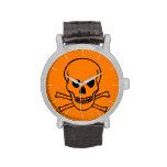Peligro (cráneo y bandera pirata) relojes de pulsera