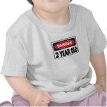 Peligro dos camisetas años