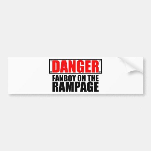 PELIGRO: Fanboy en el alboroto Etiqueta De Parachoque