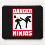 Peligro Ninjas Mousepads