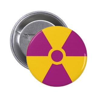 Peligro radiactivo pin redondo 5 cm