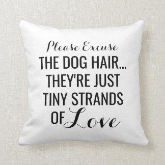 Pelo de perro, filamentos minúsculos del mascota cojín decorativo