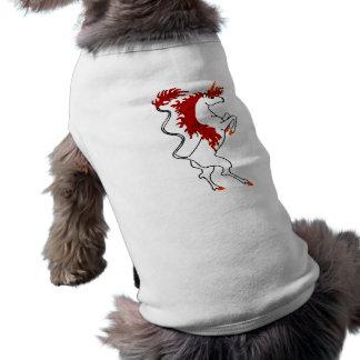 Pelo rojo ardiente del unicornio blanco playera sin mangas para perro
