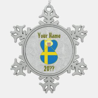 Pelo rubio de la bandera sueca del ángel adorno de peltre en forma de copo de nieve