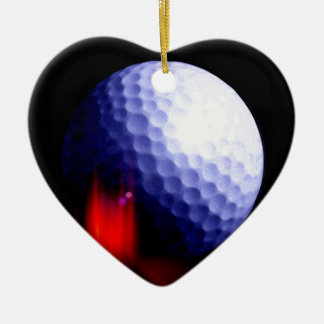 Pelota de golf adorno navideño de cerámica en forma de corazón