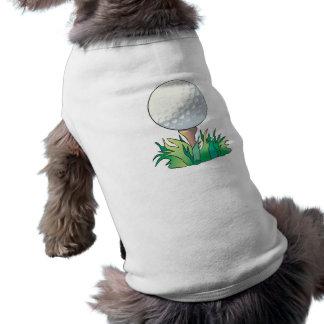 pelota de golf que se sienta en tee de golf camisa de mascota
