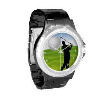 Pelota de golf que viene en usted reloj