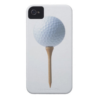 Pelota de golf y camiseta iPhone 4 carcasa