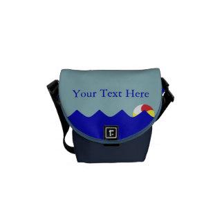 Pelota de playa de la piscina (personalizable) bolsas messenger