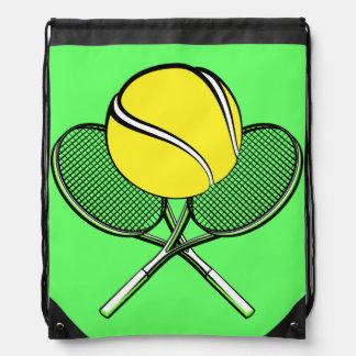 Pelota de tenis con las estafas mochila