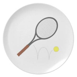 Pelota de tenis de la estafa de tenis platos