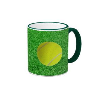 Pelota de tenis en césped taza de dos colores